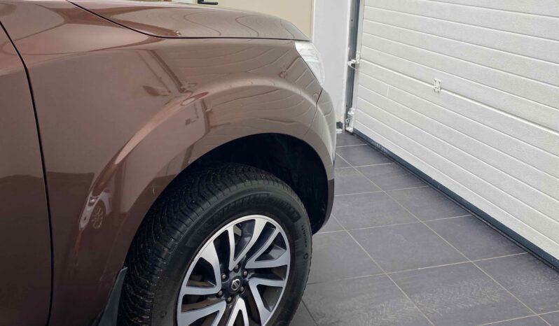 NISSAN NP300 Navara 2.3 dCi 4WD Pickup double cabine 190 cv Tekna complet