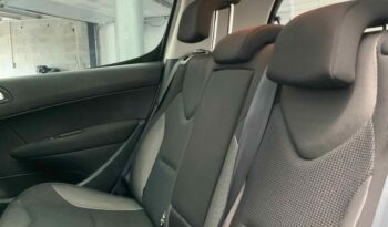 PEUGEOT 308 5 Portes 2.0 HDi 140 cv Pack Premium complet